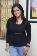 Actress Remya Nambeesan Stills 2878