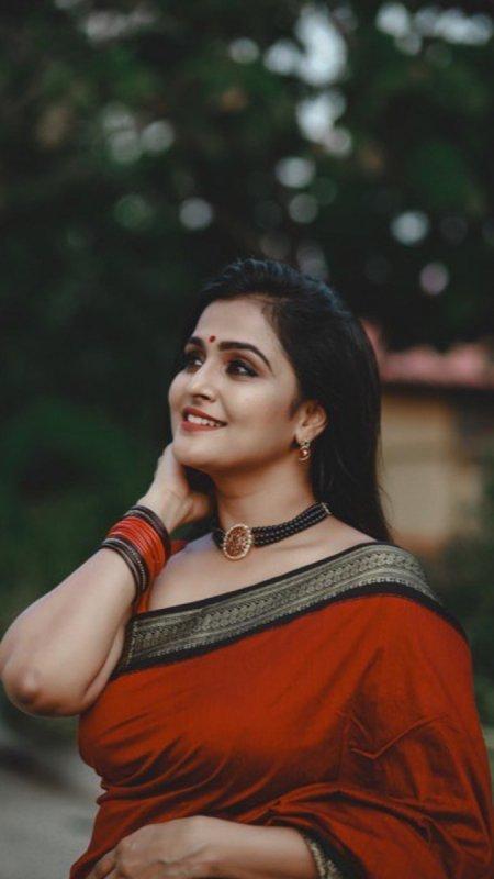 Indian Actress Remya Nambeesan 2020 Gallery 2048