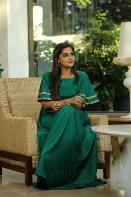 Jul 2020 Wallpaper Malayalam Movie Actress Remya Nambeesan 8658