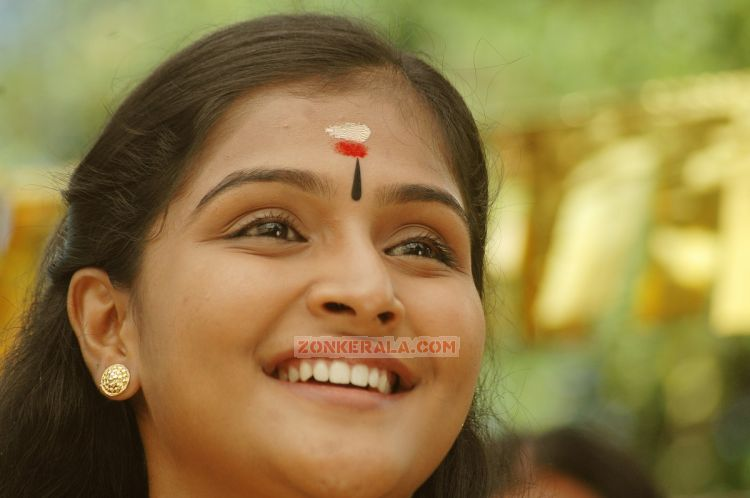 Malayalam Actress Remya Nambeesan Photos 9015