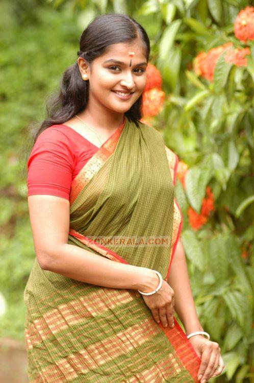 Remya Nambeesan 6974