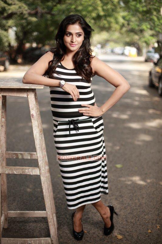 Remya Nambeesan Actress Pictures 4465