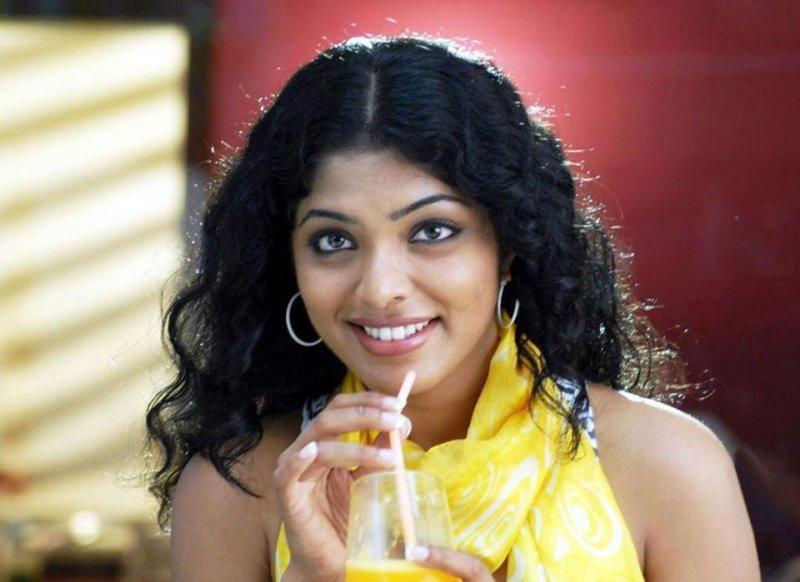 2020 Image Rima Kallingal Cinema Actress 5056