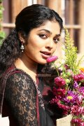 Actress Rima Kallingal Stills 8128