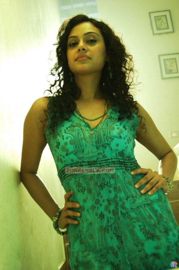 Actress Rupa Manjari Photos 9852
