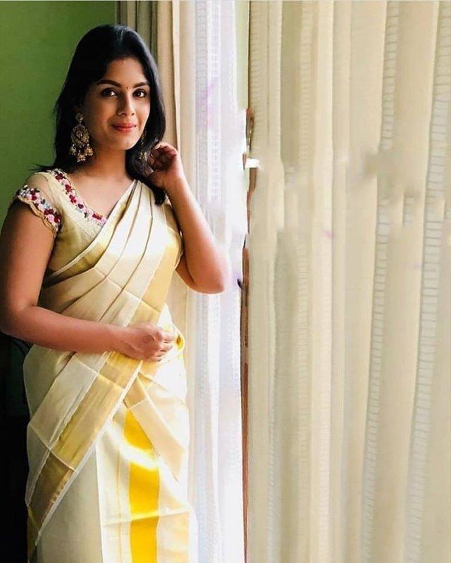 Cinema Actress Samyuktha Menon 2020 Pictures 3841