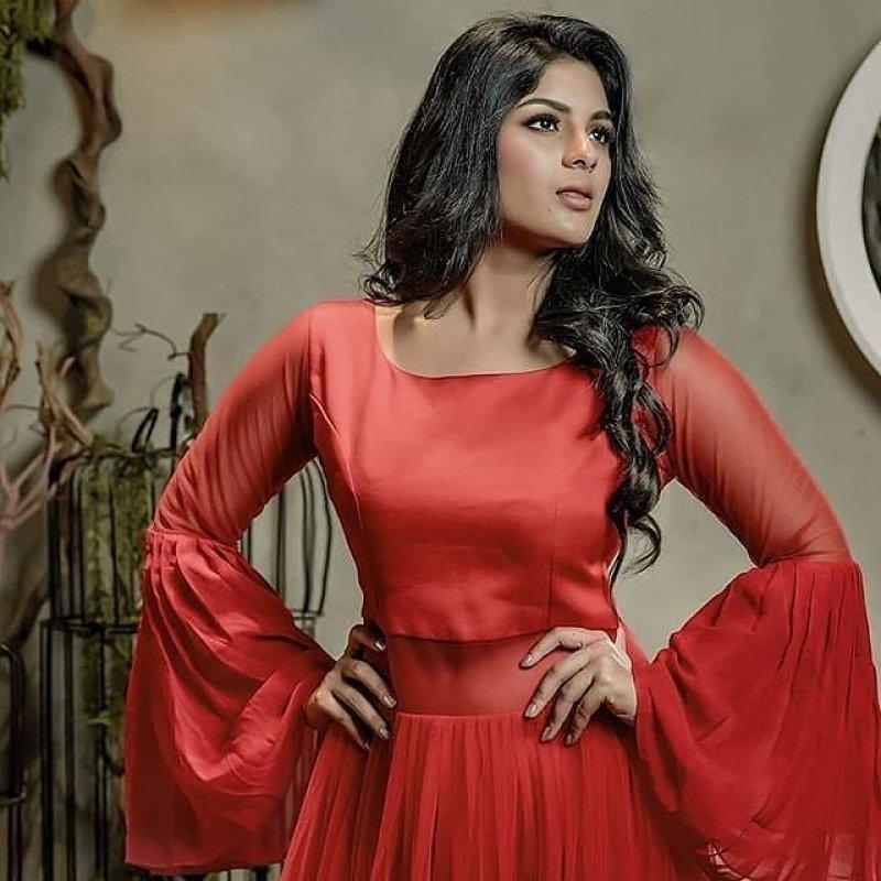May 2020 Wallpaper Malayalam Actress Samyuktha Menon 9482