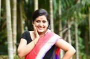 Actress Sarayu 7070
