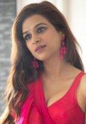 New Photo Heroine Shraddha Das 2896