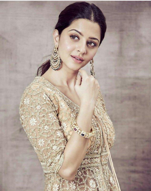 Album Malayalam Actress Vedhika 4177