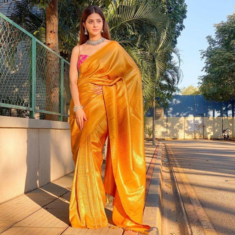 Malayalam Heroine Vedhika New Photos 8135
