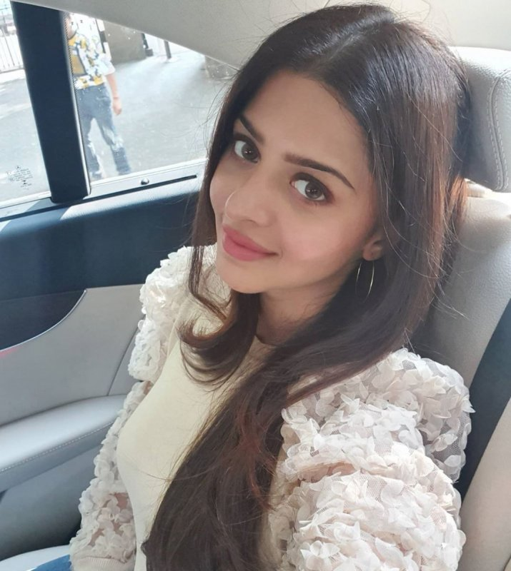 Vedhika Malayalam Actress New Pictures 9574