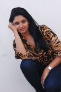 Actress Vimala Raman 6566