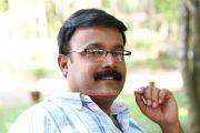 Bharya Athra Pora 8220