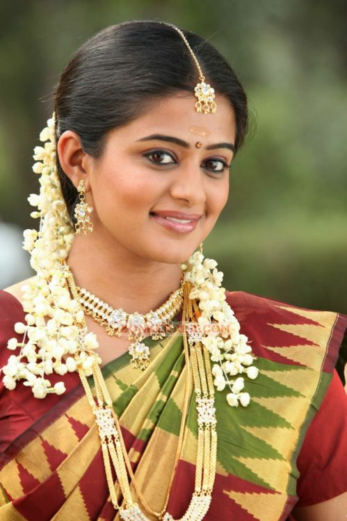 Actress Priyamani 785