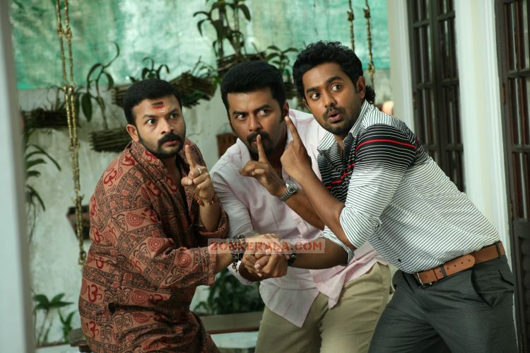 Jayasurya Indrajith And Asif Ali In Husbands In Goa 74