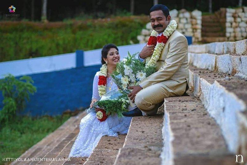 2019 Photos Kettiyolaanu Ente Malakha Cinema 9500