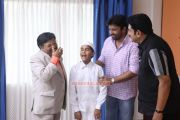 Siddique Mukesh Killadi Raman Still 197