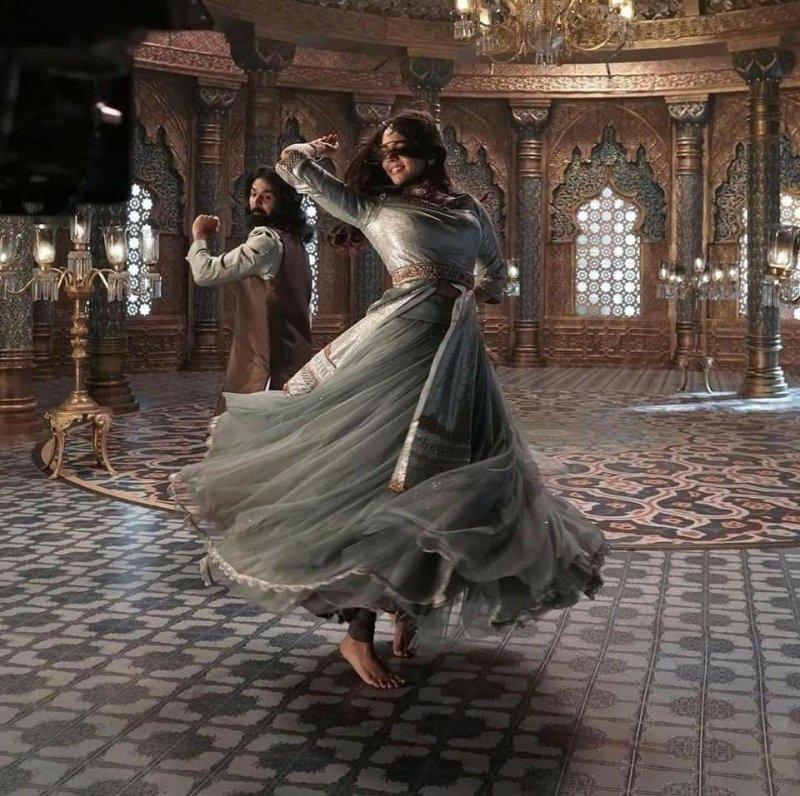 Malayalam Cinema Marakkar Arabikadalinte Simham New Pic 412