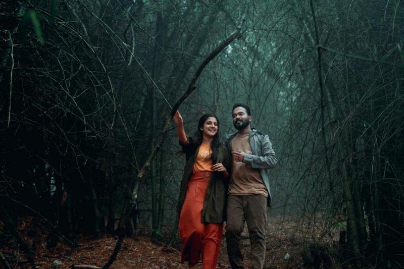 2020 Photo Mission C Malayalam Film 3661