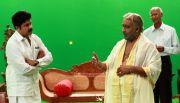 Dileep Nedumudi Venu In Nadodi Mannan 133