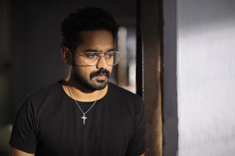 Asif Ali In Underworld 747