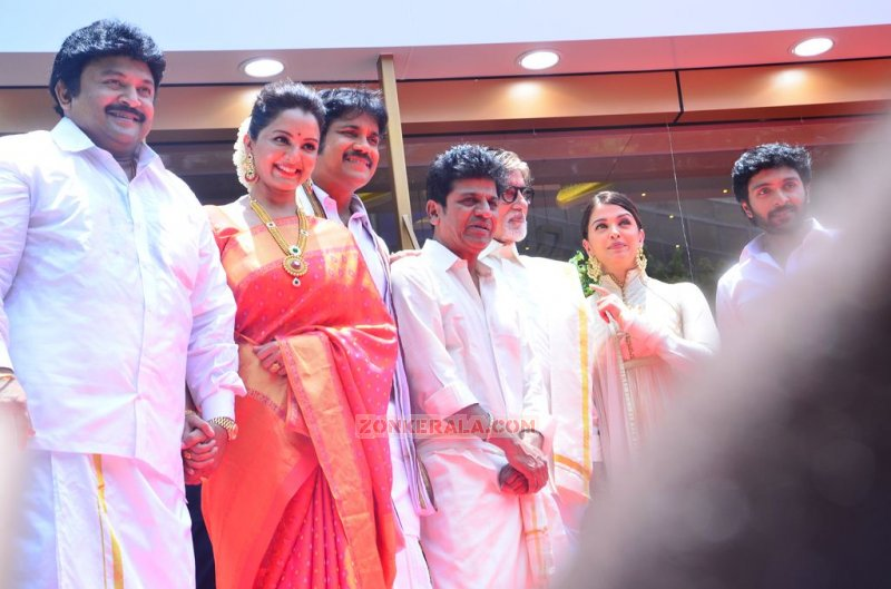 2015 Images Kalyan Jewellers Chennai Showroom Launch 1516