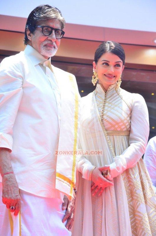 Amitabh Bachchan Aishwarya Rai Photo 264