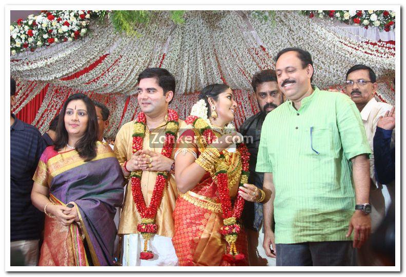 menaka-suresh-kumar-with-navya-and-santhosh jpgMenaka Suresh