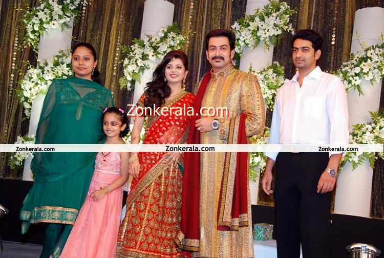 Anirudh With Prithviraj Supriya Malayalam Movie Event Prithviraj