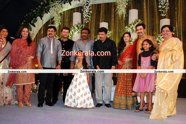 : Events : Prithviraj Wedding Reception : Dileep And Manju Warrier