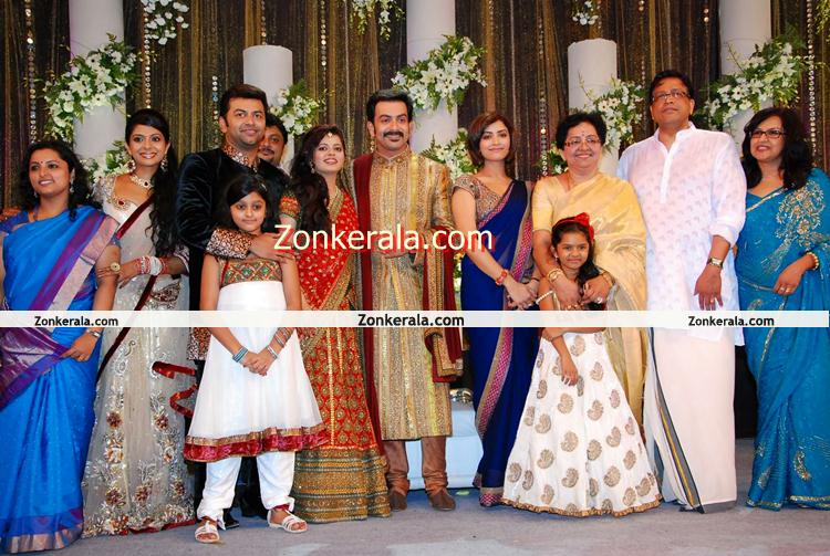 Mamta Mohandas With Prithviraj Family Malayalam Movie
