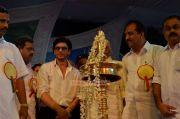 Shahrukh Khan At Emmanuval Slik Kochi Opening 2427