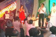 Shahrukh Khan At Emmanuval Slik Kochi Opening 4868