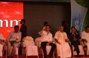Shahrukh Khan At Emmanuval Slik Kochi Opening 5269