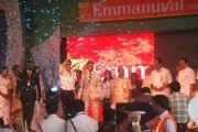 Shahrukh Khan At Emmanuval Slik Kochi Opening 6693