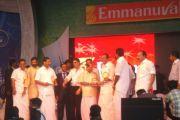 Shahrukh Khan At Emmanuval Slik Kochi Opening 9281