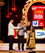 Karthick Dileep And Khushbu At Siima Awards 2014 134