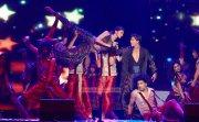 Deepika Padukone And Shahrukh Khan At Slam The Tour 792