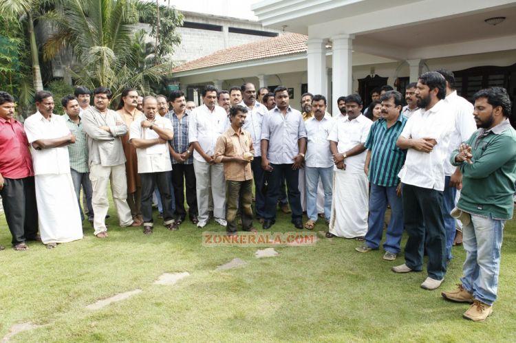 Veendum Kannur Pooja 9383